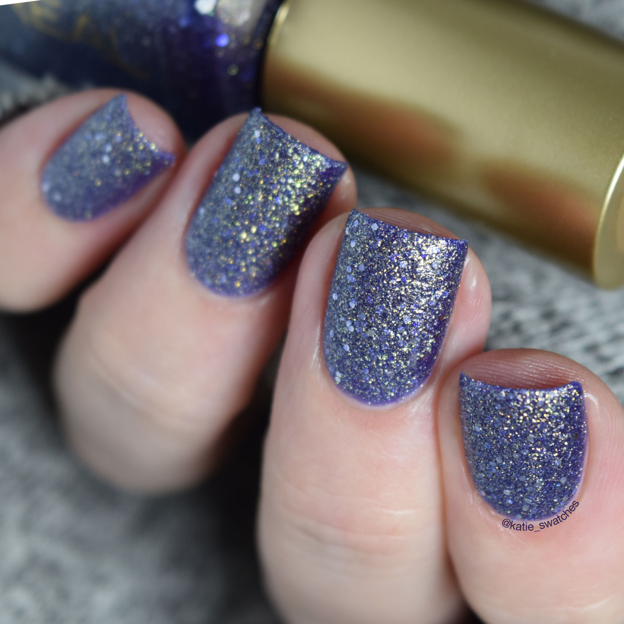 L'Oreal Too Dimesional!? 136 textured nail polish swatch